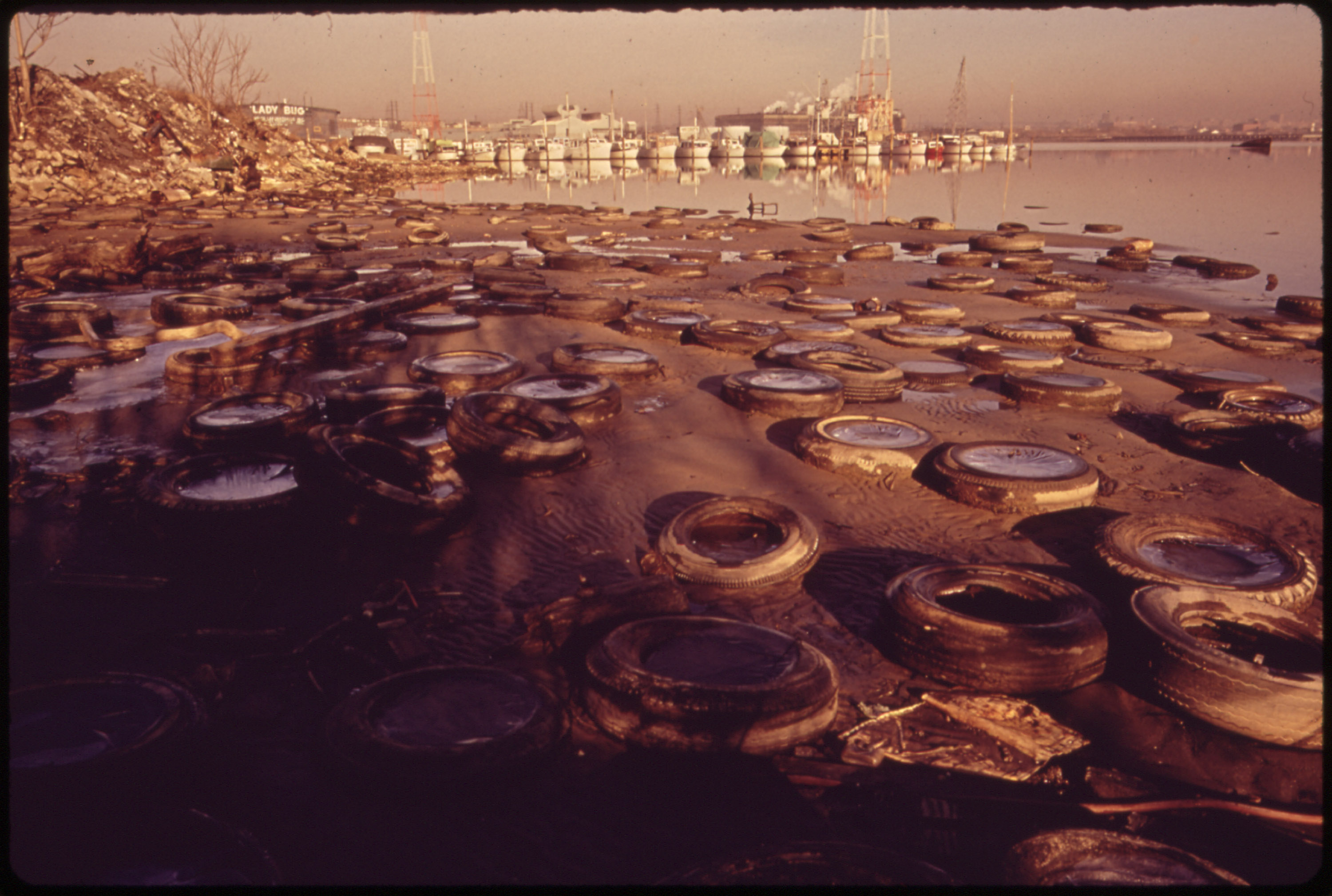 This is What Baltimore Harbor Looked Like in 1973