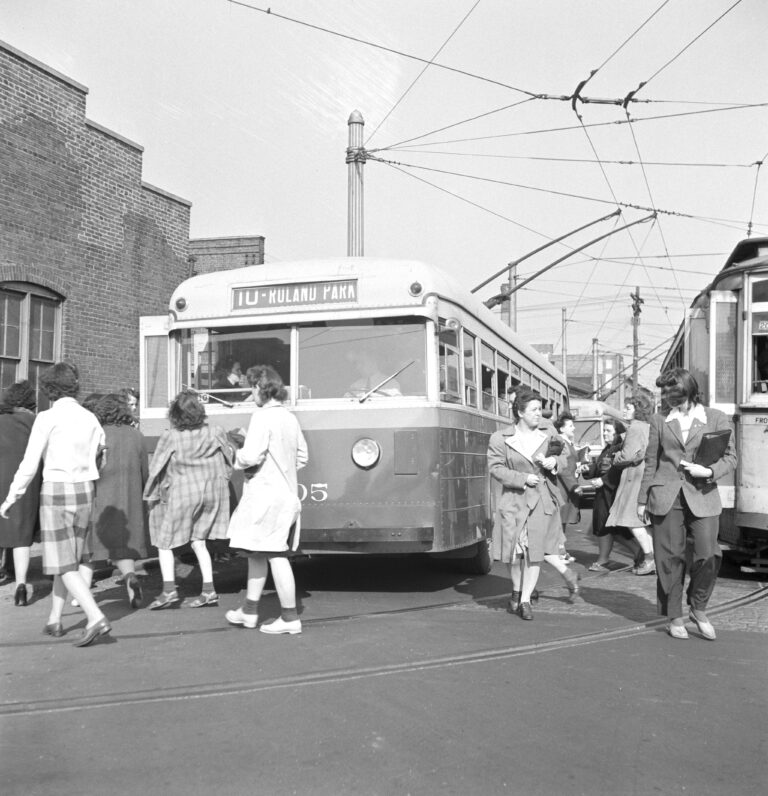 1943 Baltimore trackless trolley