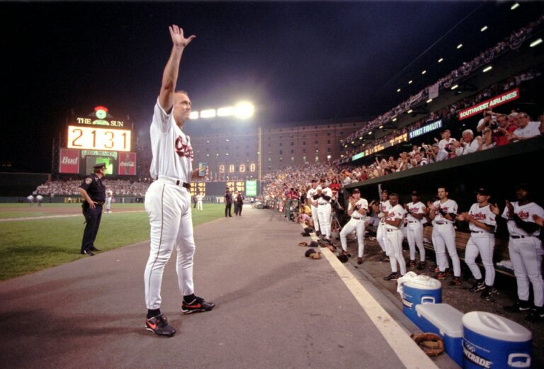 Cal Ripken breaks Gehrig's record (Baltimore Sun)