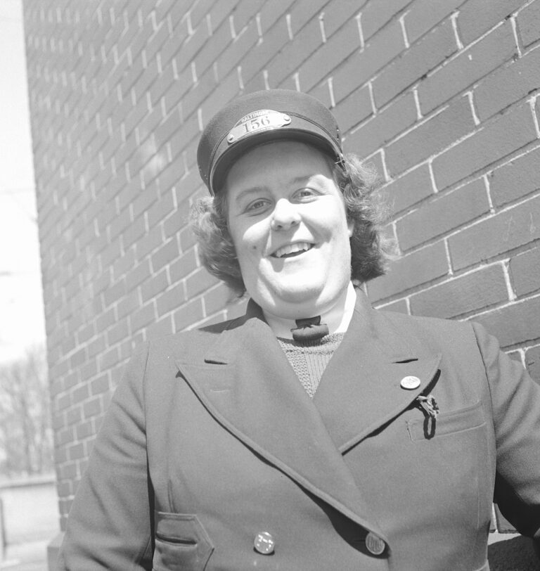 woman trolley driver - 1943