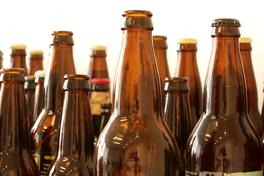 Prohibition Officers Seize 9,600 Bottles of Beer