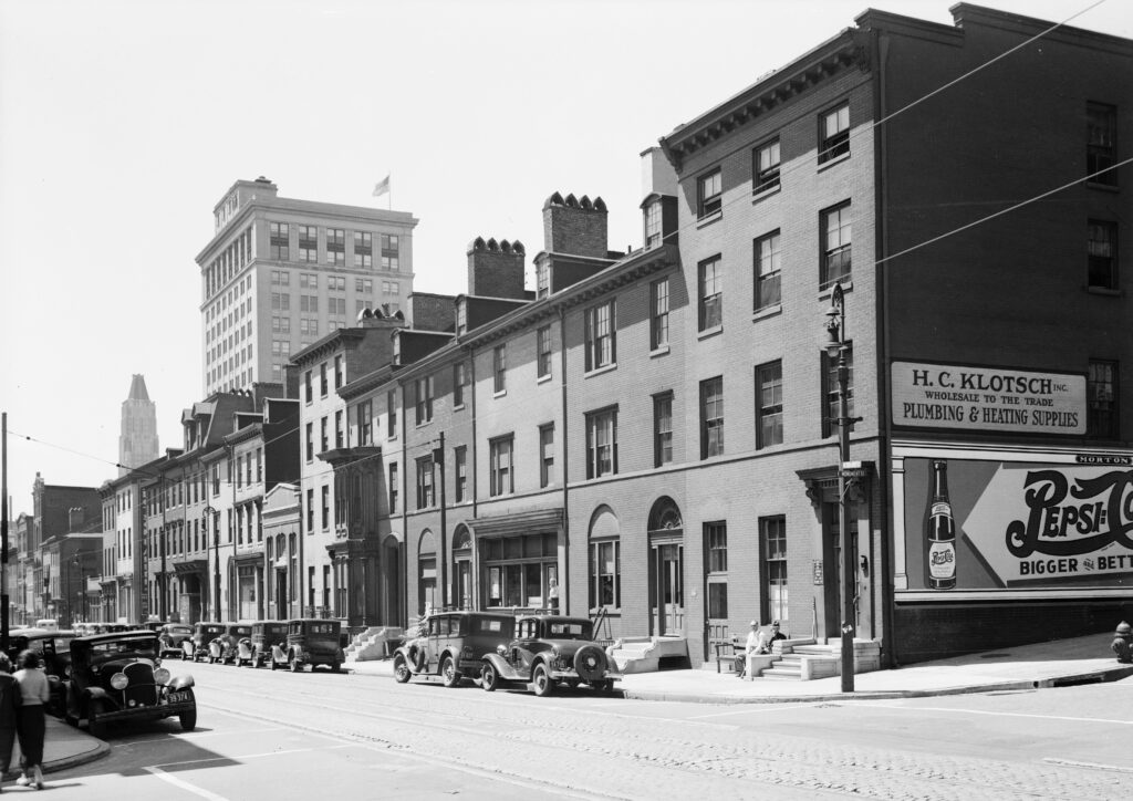 Historic American Buildings Survey E. H. Pickering, Photographer June 1936 VIEW FROM NORTHEAST - Waterloo Row, 606-628 North Calvert Street, Baltimore, Independent City, MD