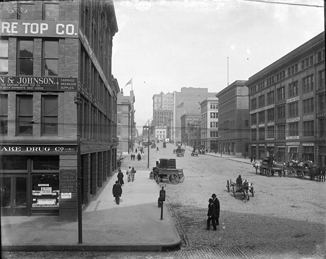 Street scene showing Light Street at Lombard Street, Baltimore. Baltimore and Ohio Railroad Company Collection. Baltimore City Life Museum Collection, 8x10 glass, Box 3. Note: Reference photograph.