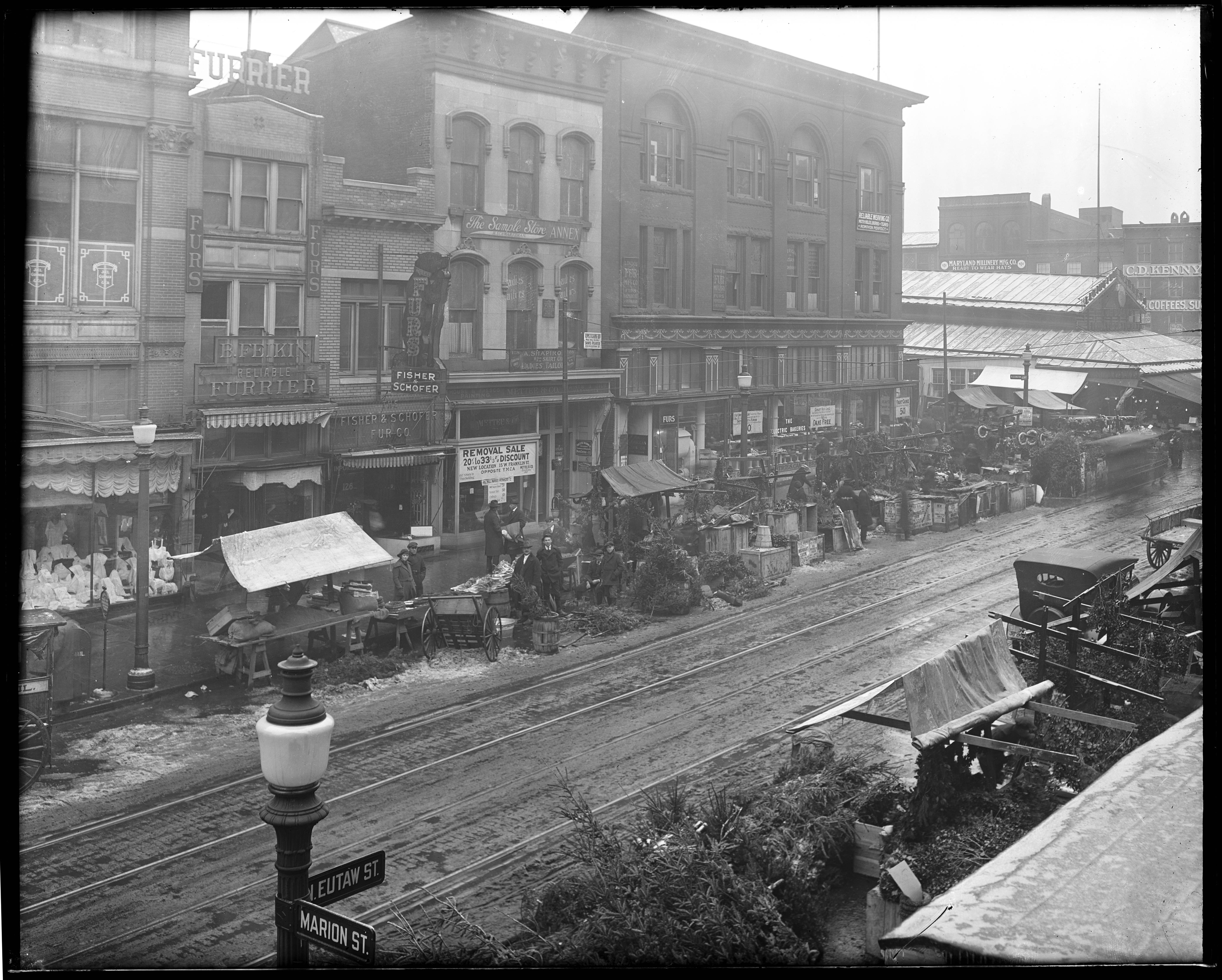 Outdoor Stalls on Eutaw in 1920s